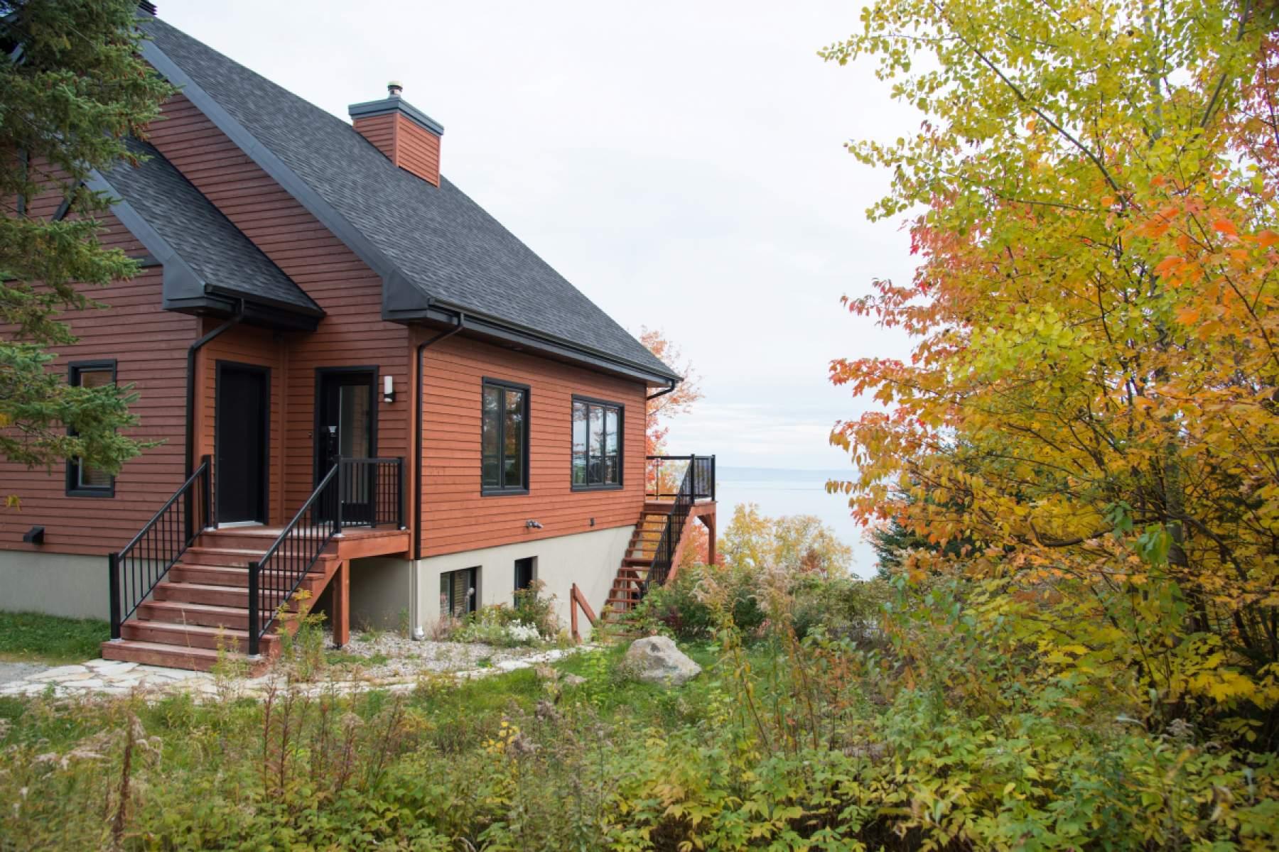 friday du chalets rentals cottages charlevoix cottage may villa rental to monday massif en