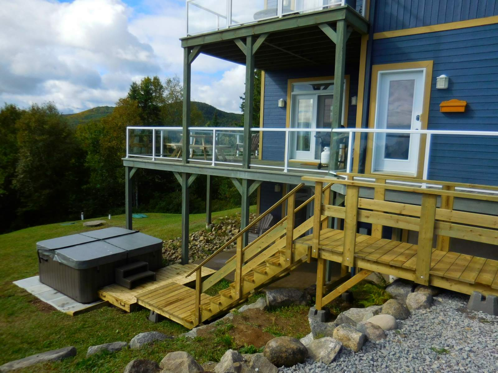 for le rentals cottage cottages resting best area hupp charlevoix huppe en rental in chalets vacation