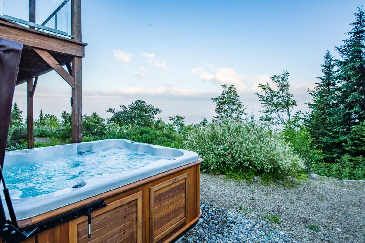 Hot tub facing the river