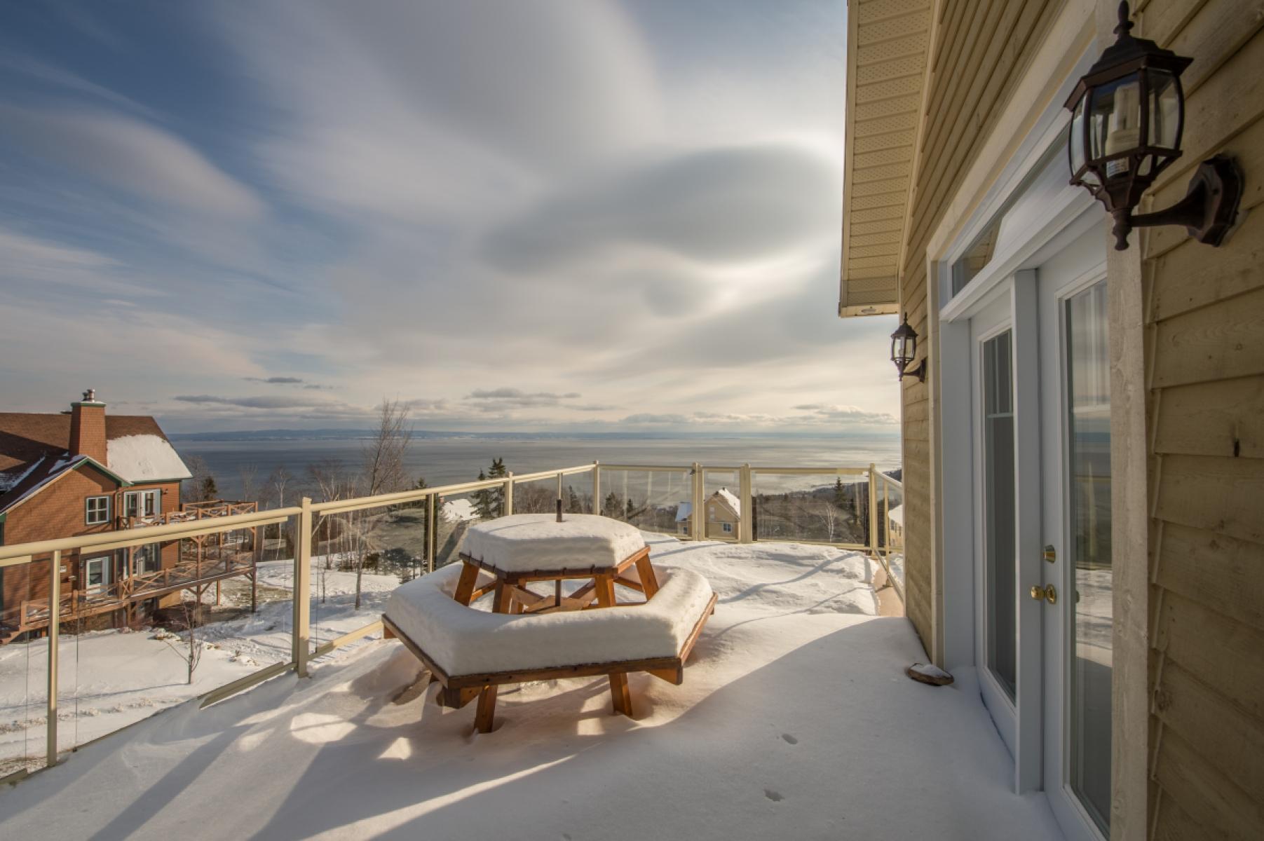 ski cottages lestran st en entrance view rentals lawrence rental chalets cottage estran upstairs chalet charlevoix l