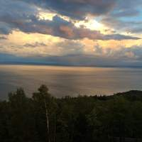 Sunset view from the terrasse of the prestige chalet Ilaali in Charlevoix. Good night!