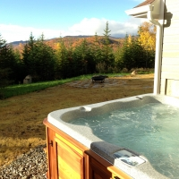Outdoor jacuzzi of our cottage, Charlevoix